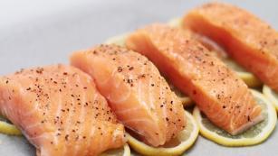 Fileto salmoni me limon