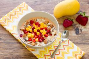 Recetë nga Nutribullet - Smoothie me mango dhe dredhëza